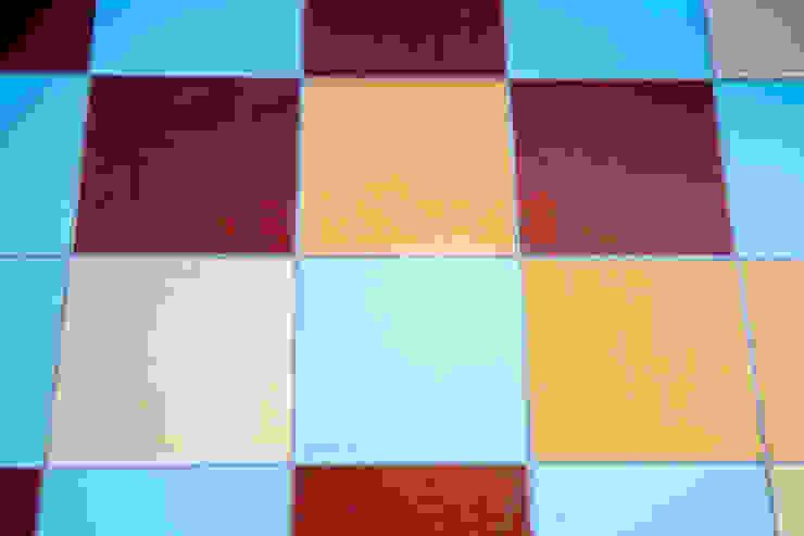 Плитка цветная Веранда и терраса в стиле кантри от Дизайн-студия Екатерины Поповой Кантри