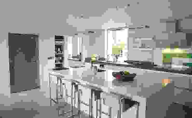 Llambetta House, Usk Modern kitchen by Hall + Bednarczyk Architects Modern