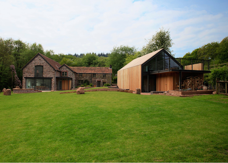 Veddw Farm, Monmouthshire Modern houses by Hall + Bednarczyk Architects Modern