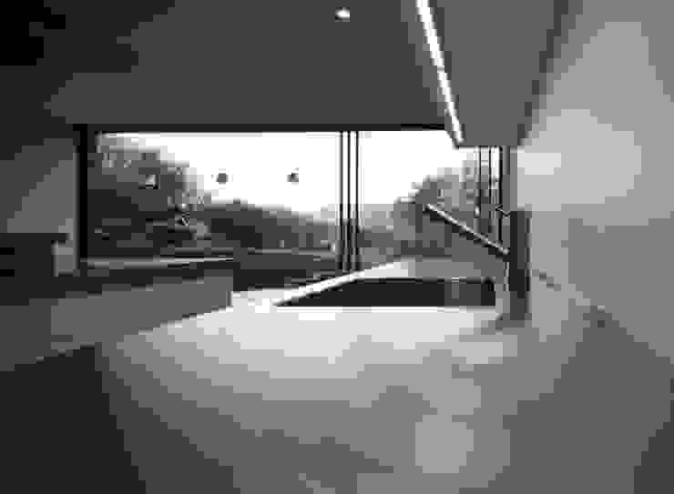 Veddw Farm, Monmouthshire Modern kitchen by Hall + Bednarczyk Architects Modern