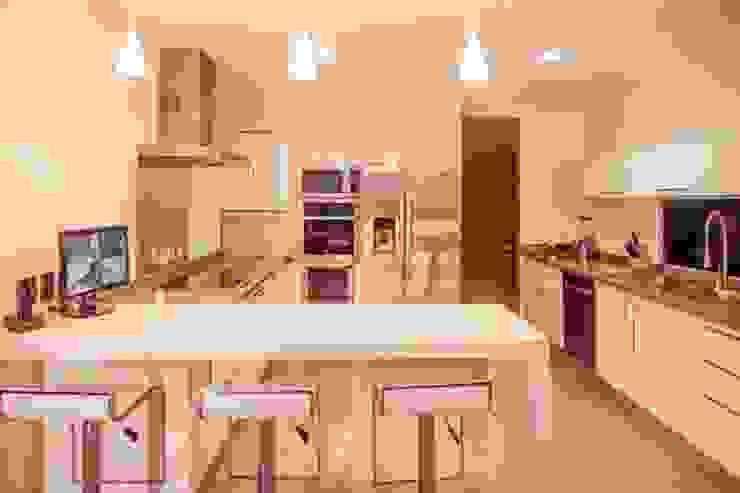 Cocinas modernas: Ideas, imágenes y decoración de TAFF Moderno