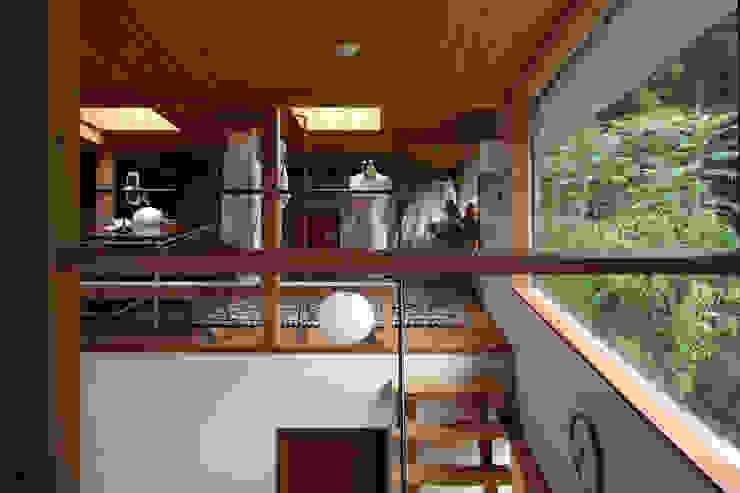 日高の家 モダンデザインの 多目的室 の TAMAI ATELIER モダン