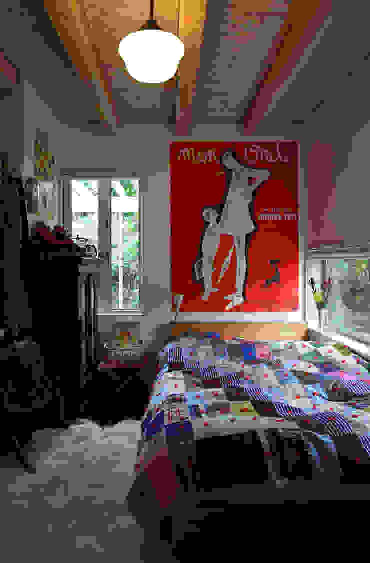 日高の家 モダンスタイルの寝室 の TAMAI ATELIER モダン