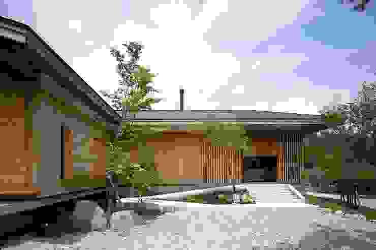 TAMAI ATELIER Classic style houses