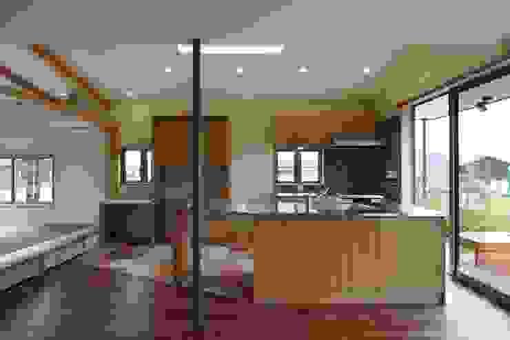 安中榛名の家 モダンな キッチン の TAMAI ATELIER モダン