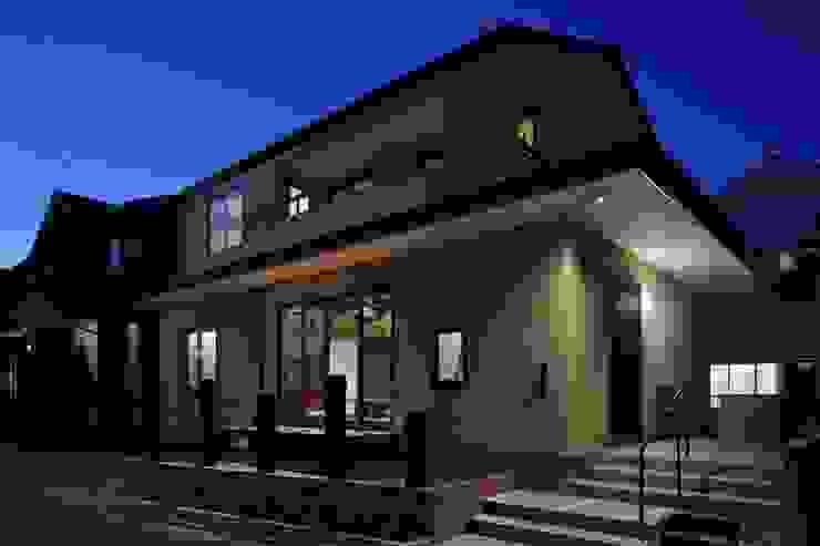 Casas clássicas por TAMAI ATELIER Clássico