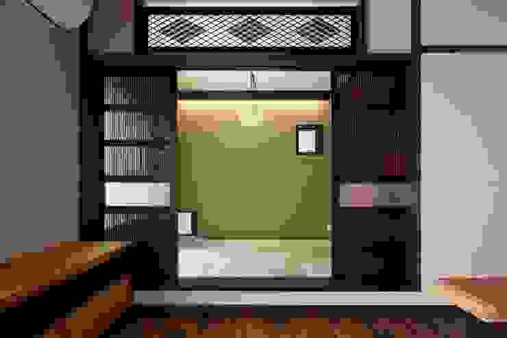 八潮の家: TAMAI ATELIERが手掛けた和室です。,クラシック