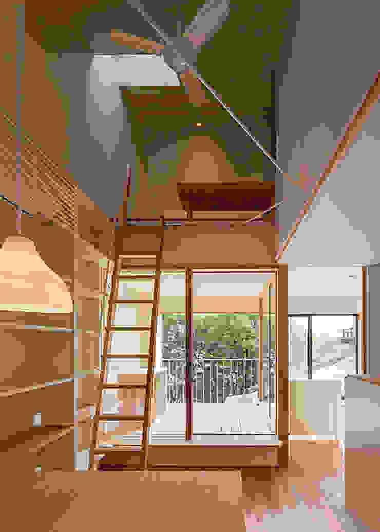 インナーテラス・広間 河合建築デザイン事務所 オリジナルデザインの リビング