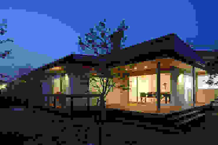 谷原新田の家 モダンデザインの テラス の TAMAI ATELIER モダン
