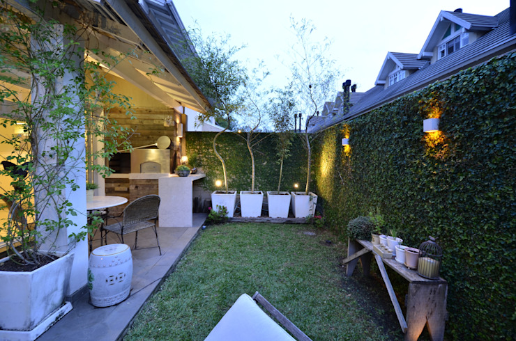 Jardines modernos: Ideas, imágenes y decoración de Tania Bertolucci de Souza | Arquitetos Associados Moderno