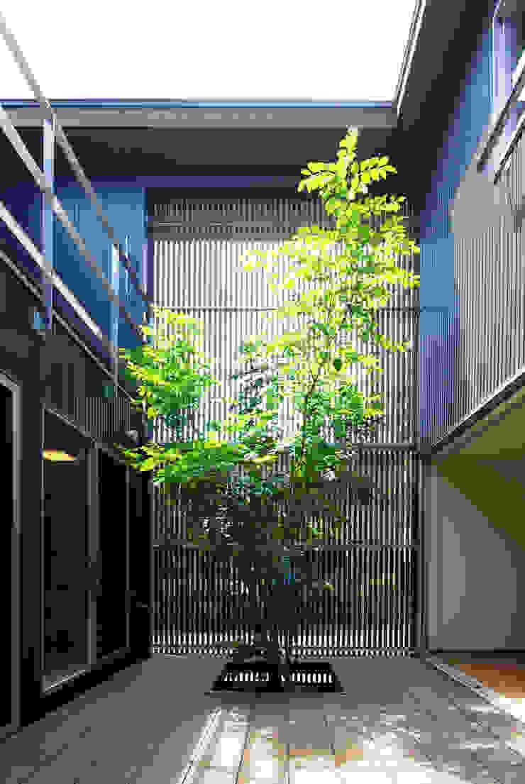 Moderner Garten von アトリエ イデ 一級建築士事務所 Modern