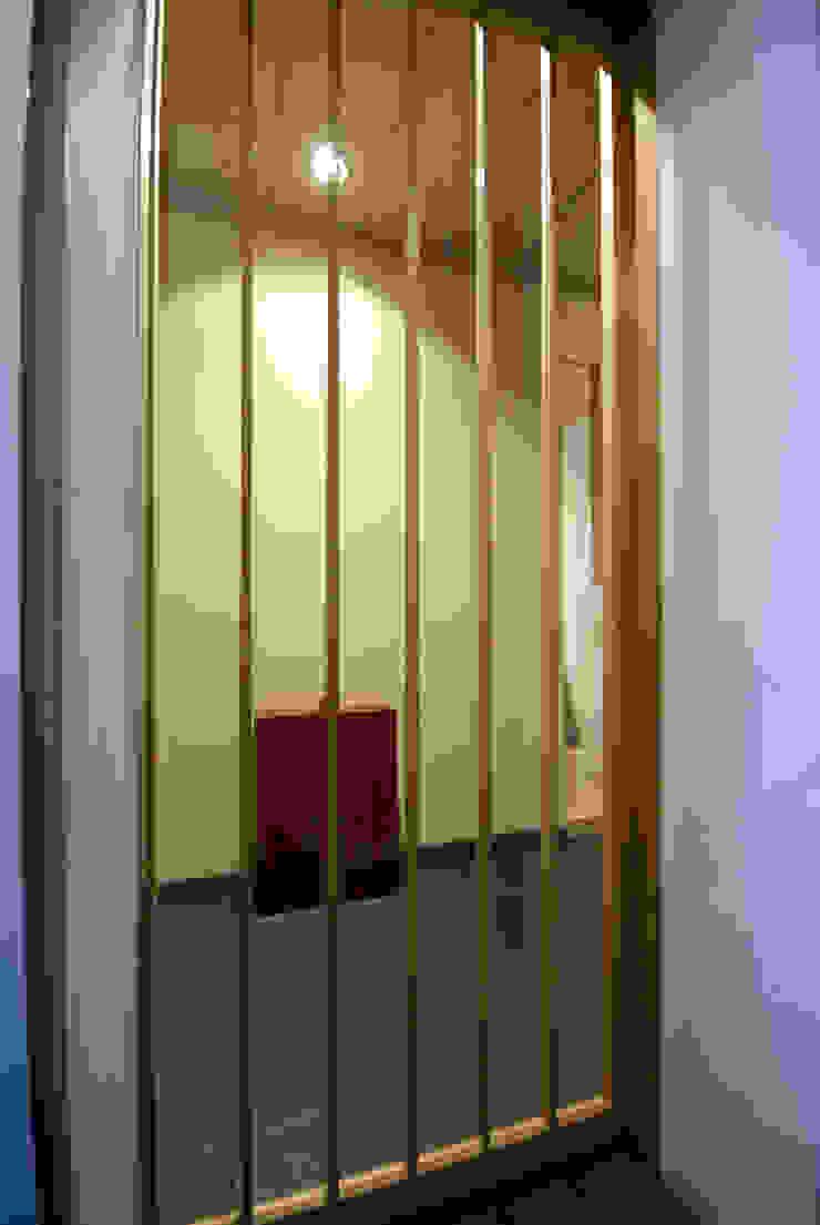 Portas e janelas clássicas por アトリエ イデ 一級建築士事務所 Clássico