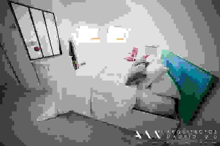 dormitorio kitsch - moderno Dormitorios de estilo mediterráneo de Arquitectos Madrid 2.0 Mediterráneo