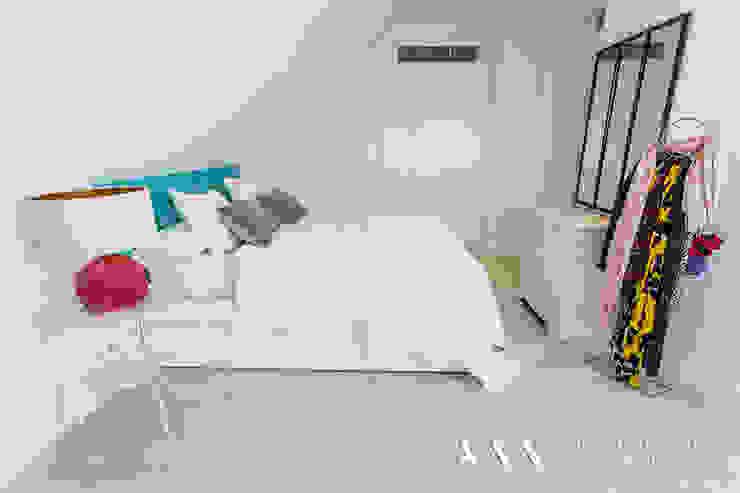 dormitorio kitsch - moderno Habitaciones de estilo mediterráneo de Arquitectos Madrid 2.0 Mediterráneo