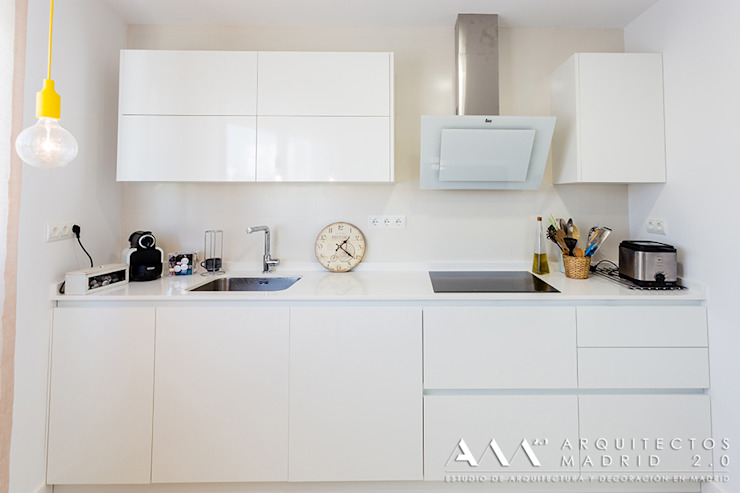Modern Kitchen by Arquitectos Madrid 2.0 Modern