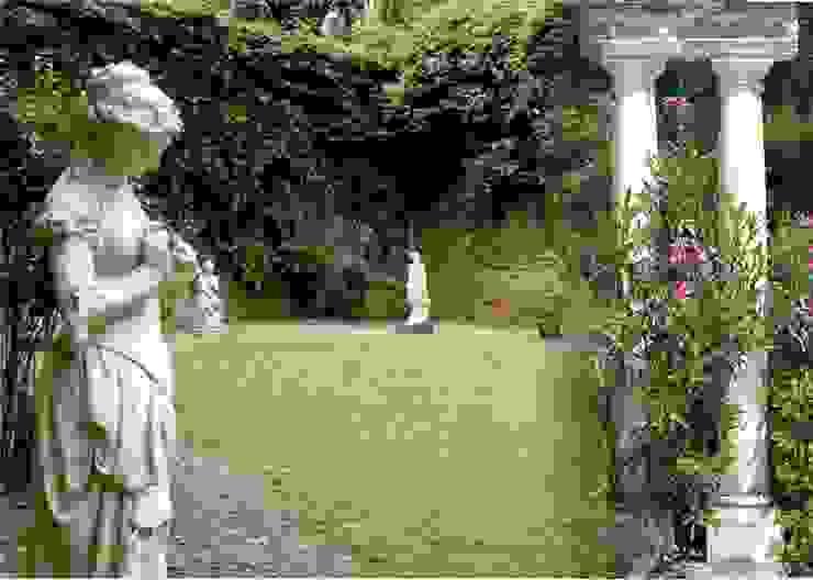 Un diálogo secreto en el jardín Gimnasios domésticos de estilo clásico de Decorarconarte.com Clásico