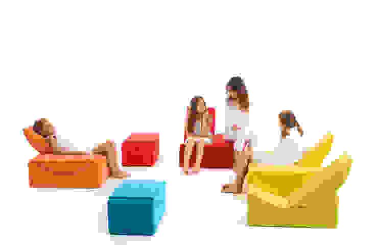 MOON SMALL – modulare Kindermöbel von LINA furniture homify KinderzimmerAccessoires und Dekoration