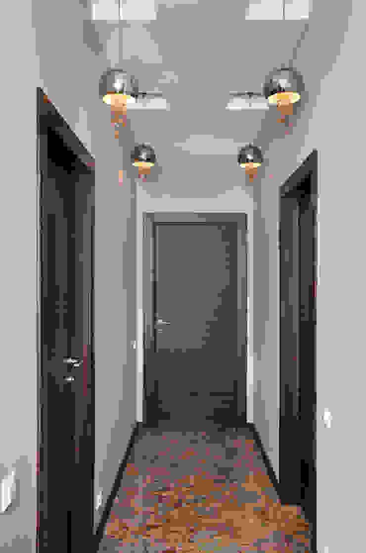Квартира в Москве Коридор, прихожая и лестница в эклектичном стиле от Дизайн-студия Екатерины Поповой Эклектичный