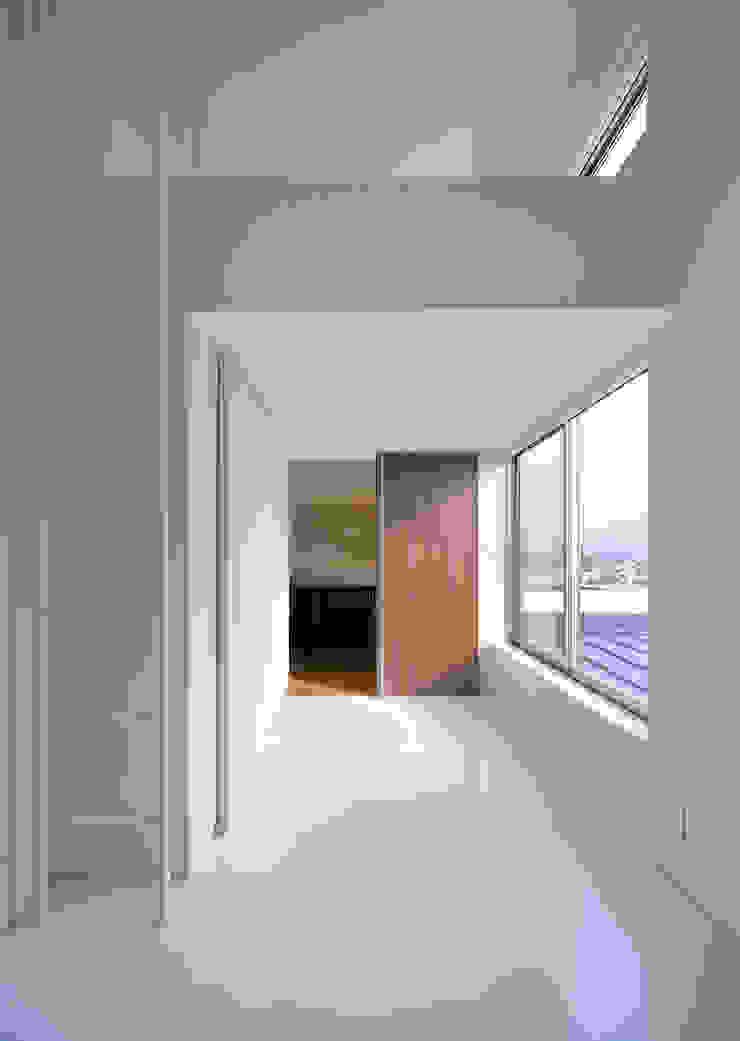 ISDアーキテクト一級建築士事務所 Modern Kid's Room White