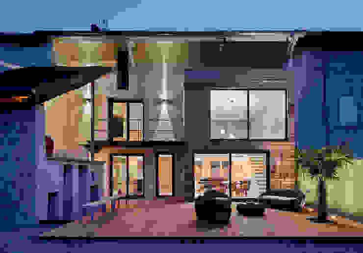 Casas de estilo moderno de Lautrefabrique Moderno