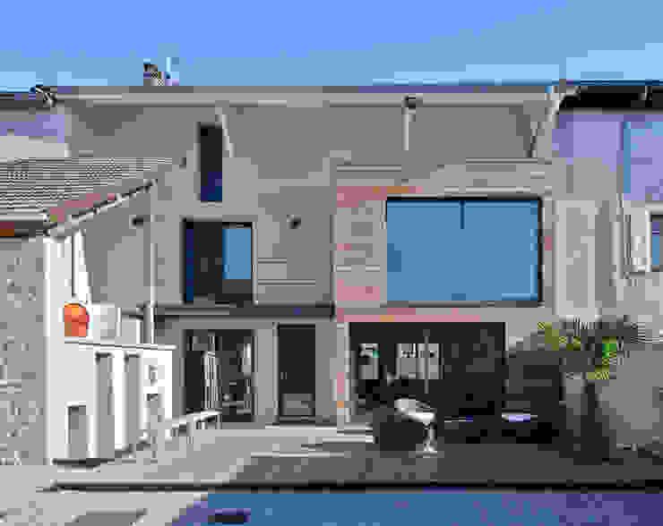 Modern houses by Lautrefabrique Modern