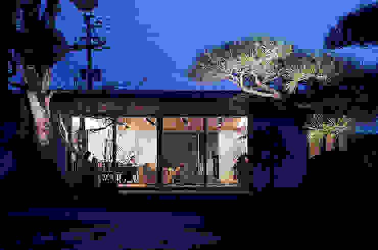 エクステリア外観 モダンな 家 の ISDアーキテクト/一級建築士事務所 モダン ガラス