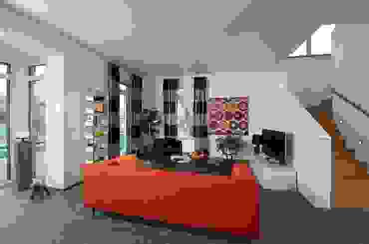 Projekty,  Salon zaprojektowane przez Heinz von Heiden GmbH Massivhäuser,