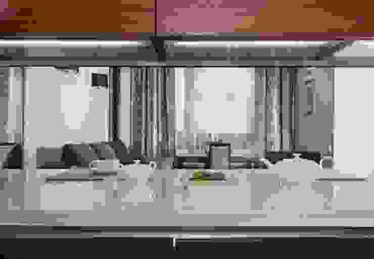 Квартира в Москве Кухни в эклектичном стиле от Дизайн-студия Екатерины Поповой Эклектичный