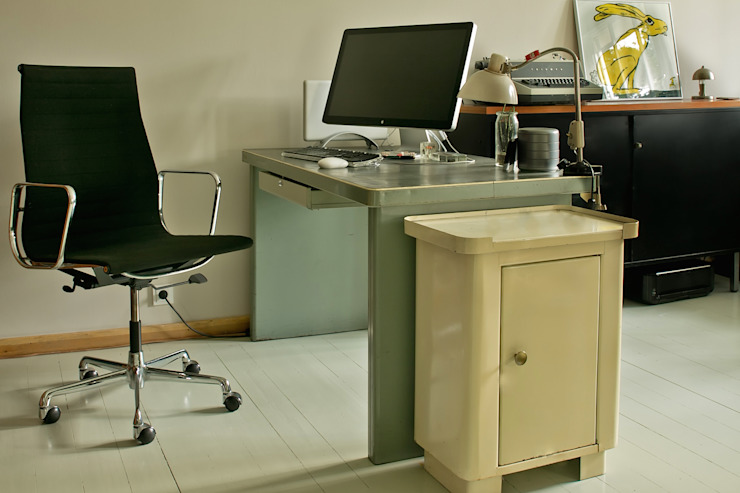 Industrialne domowe biuro i gabinet od Lena Klanten Architektin Industrialny