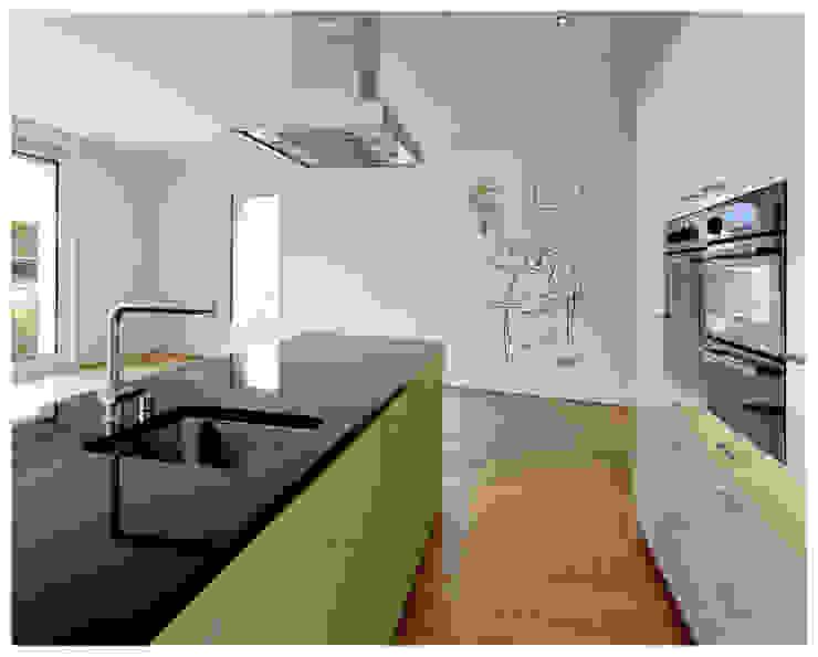 Cocinero con perejil Cocinas de estilo minimalista de Murales Divinos Minimalista