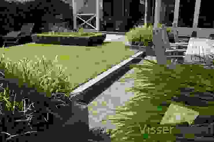 Tuin aan de Oude Rijn Rustieke tuinen van Visser Tuinen Rustiek & Brocante