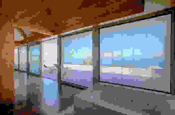 Vista interior 06: Persianas de estilo  de CORREA + ESTEVEZ ARQUITECTURA, Moderno