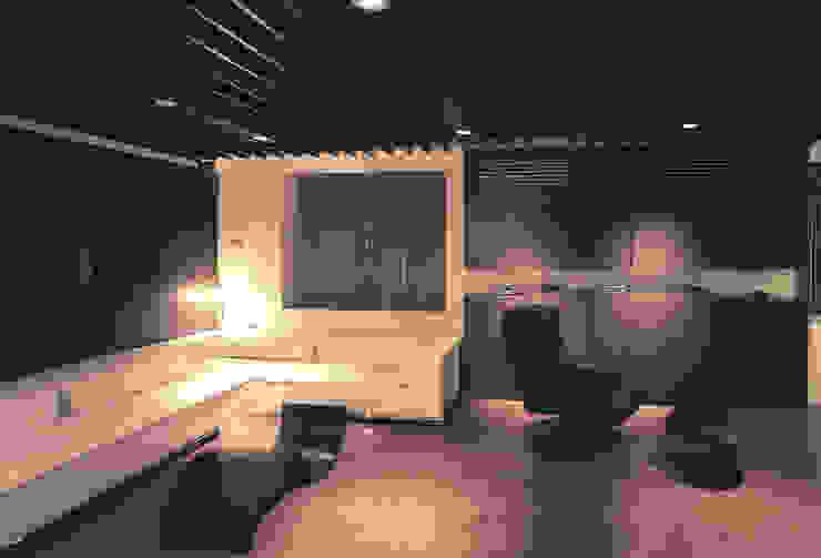 桜島をのぞむ住宅 モダンデザインの リビング の ISDアーキテクト/一級建築士事務所 モダン