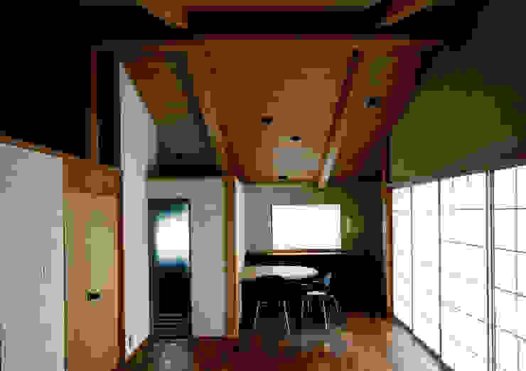 伽留羅-世田谷の事務所併用住宅- オリジナルデザインの 多目的室 の 松井建築研究所 オリジナル