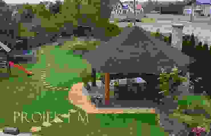 Altany ogrodowe od Projekt M Rustykalny