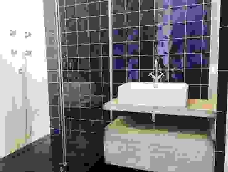 Ванная комната:  в современный. Автор – Very'Wood, Модерн
