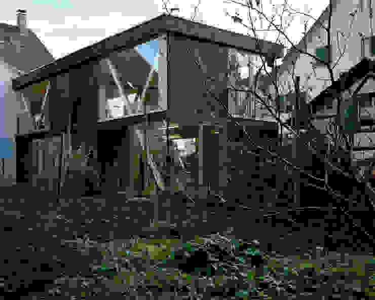AUSSENANSICHT Moderne Häuser von smarch-Mathys&Stücheli Modern