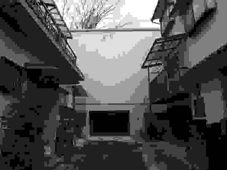 道路側外観 モダンな 家 の OSM建築設計事務所 モダン