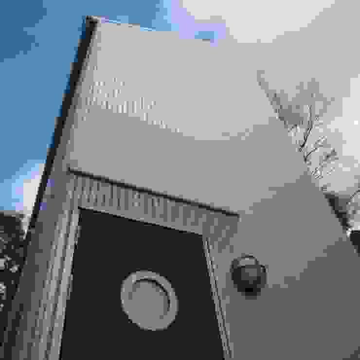 玄関 モダンな 家 の OSM建築設計事務所 モダン