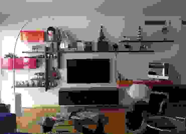 Living Livings modernos: Ideas, imágenes y decoración de homify Moderno
