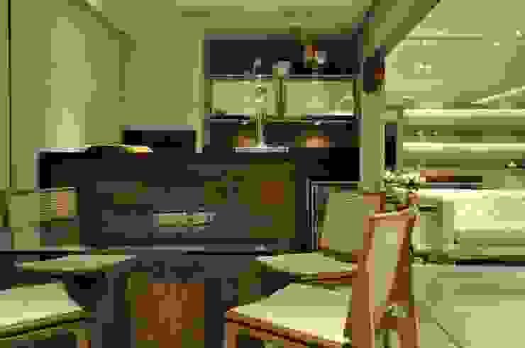 Apartamento rústico com toque moderno oferece conforto à recém-casados Salas de jantar modernas por Guido Iluminação e Design Moderno