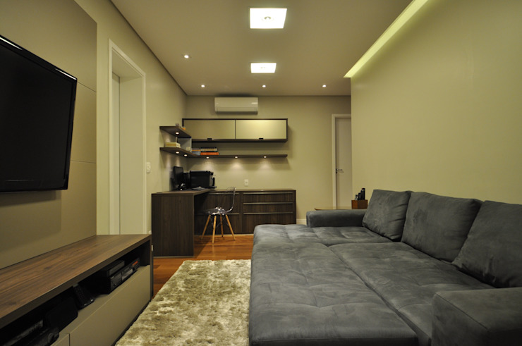 Apartamento rústico com toque moderno oferece conforto à recém-casados Escritórios modernos por Guido Iluminação e Design Moderno