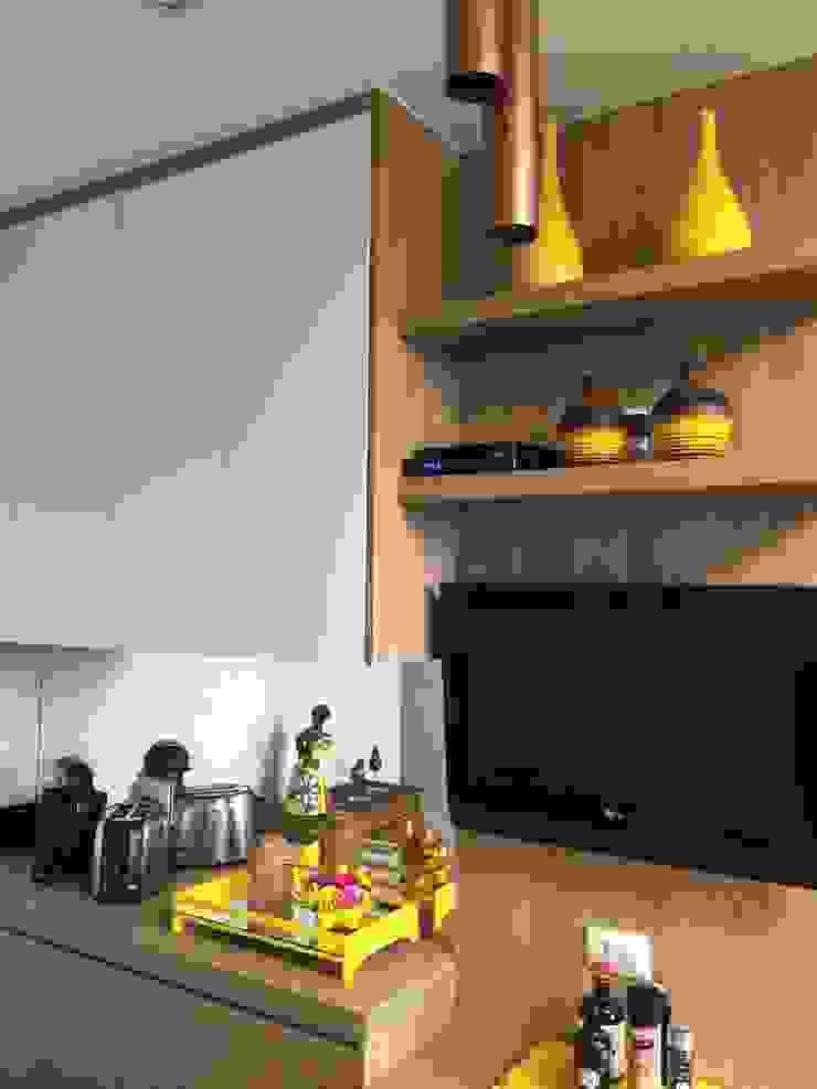 Cozinha charmosa por Adriana Fiali e Rose Corsini - FICODesign Moderno