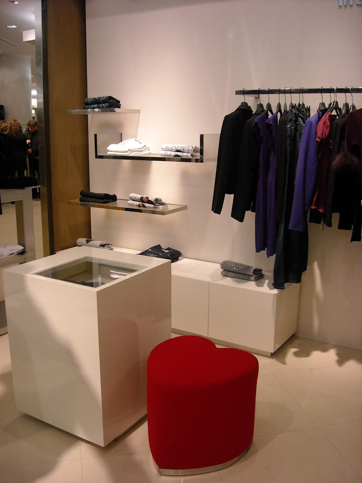 Comercial de Karell Studio Moderno