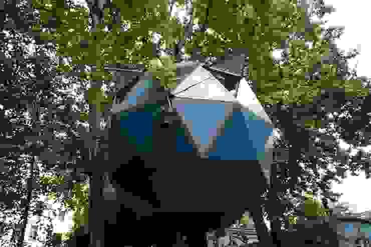 Luftschlösser Baumhausprojekte _ Kreuzberger Kugel Ausgefallene Häuser von Luftschlösser Ausgefallen