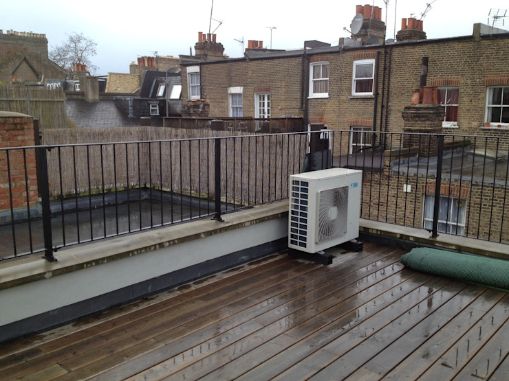 Roof terrace transformation de Paul Newman Landscapes Moderno