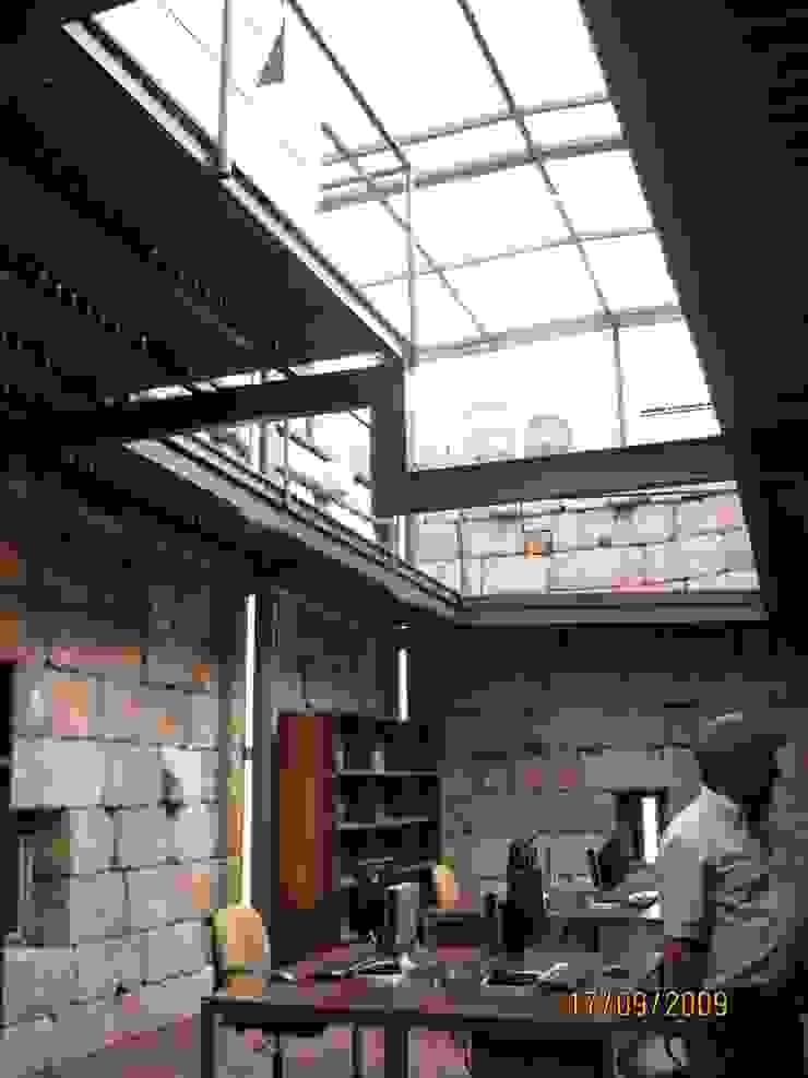 Recuperação do Castelo de Celorico da Beira 8 Casas rústicas por ARKIVO Rústico