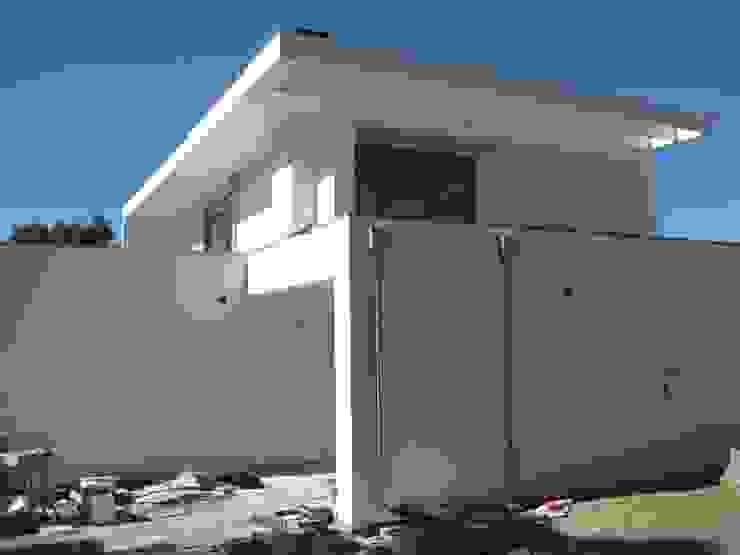 Fazenda da Esperança - Portugal 9 Casas modernas por ARKIVO Moderno