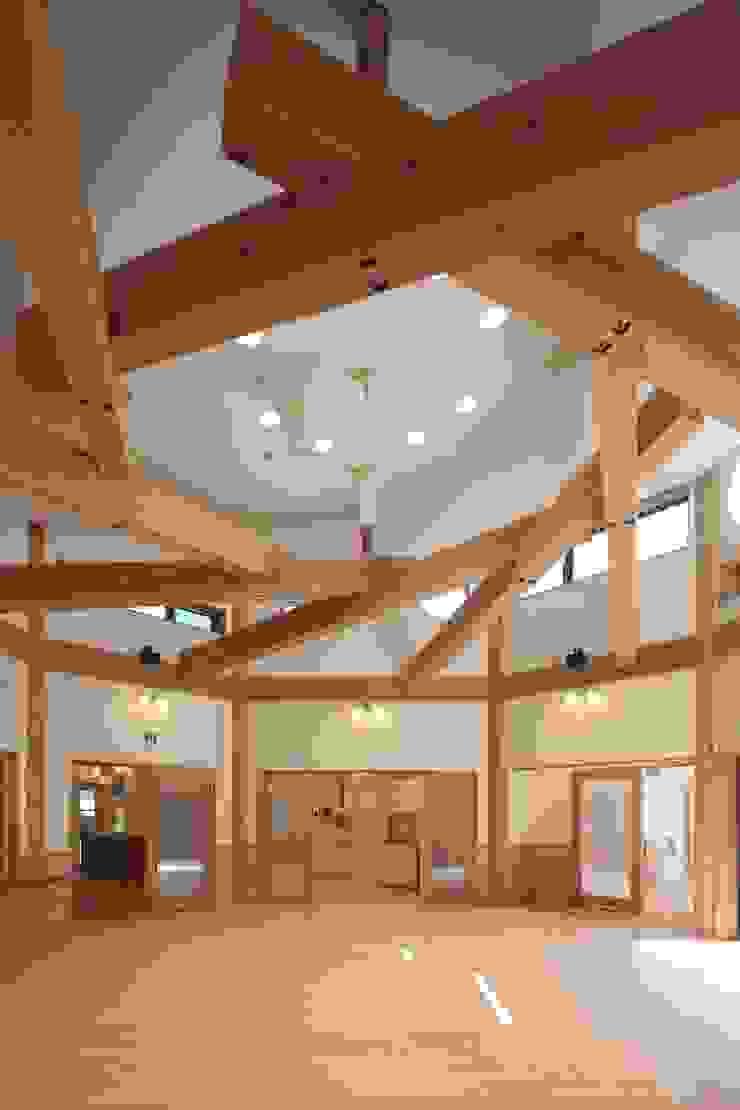 こどもきらきら園ホール全景 オリジナルな学校 の MK design studio オリジナル