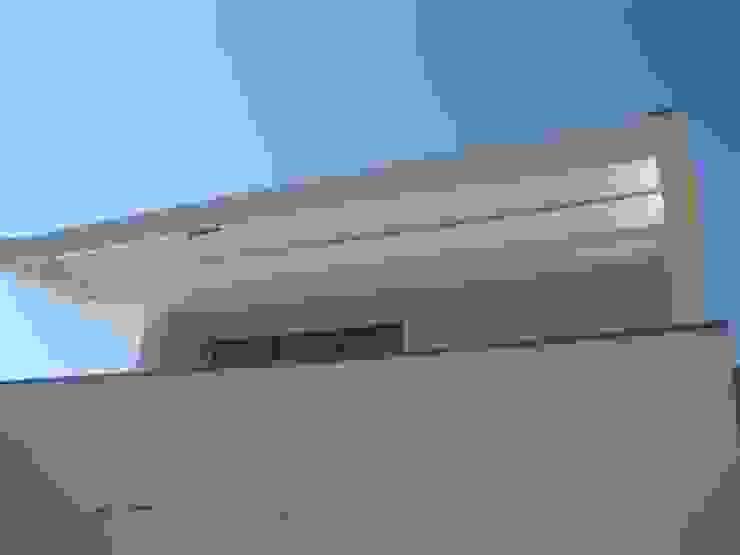 Fazenda da Esperança - Portugal 8 Casas modernas por ARKIVO Moderno